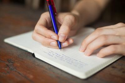 Как написать идеальный логлайн